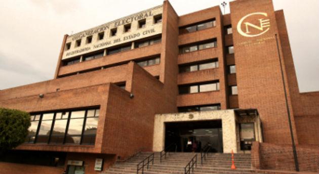 Consejo Nacional Electoral escuchará hoy alegatos de Carlos Cárdenas tras la demanda de su inscripción como candidato