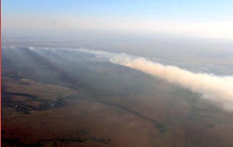 Bomberos de Yopal apoyan control de incendio en Vichada