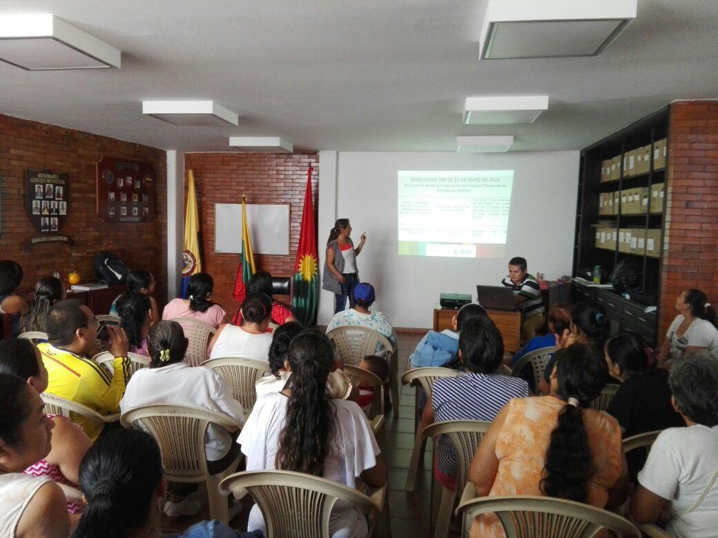 Capacitación sobre inscripción a mesas de participación de víctimas en Sabanalarga
