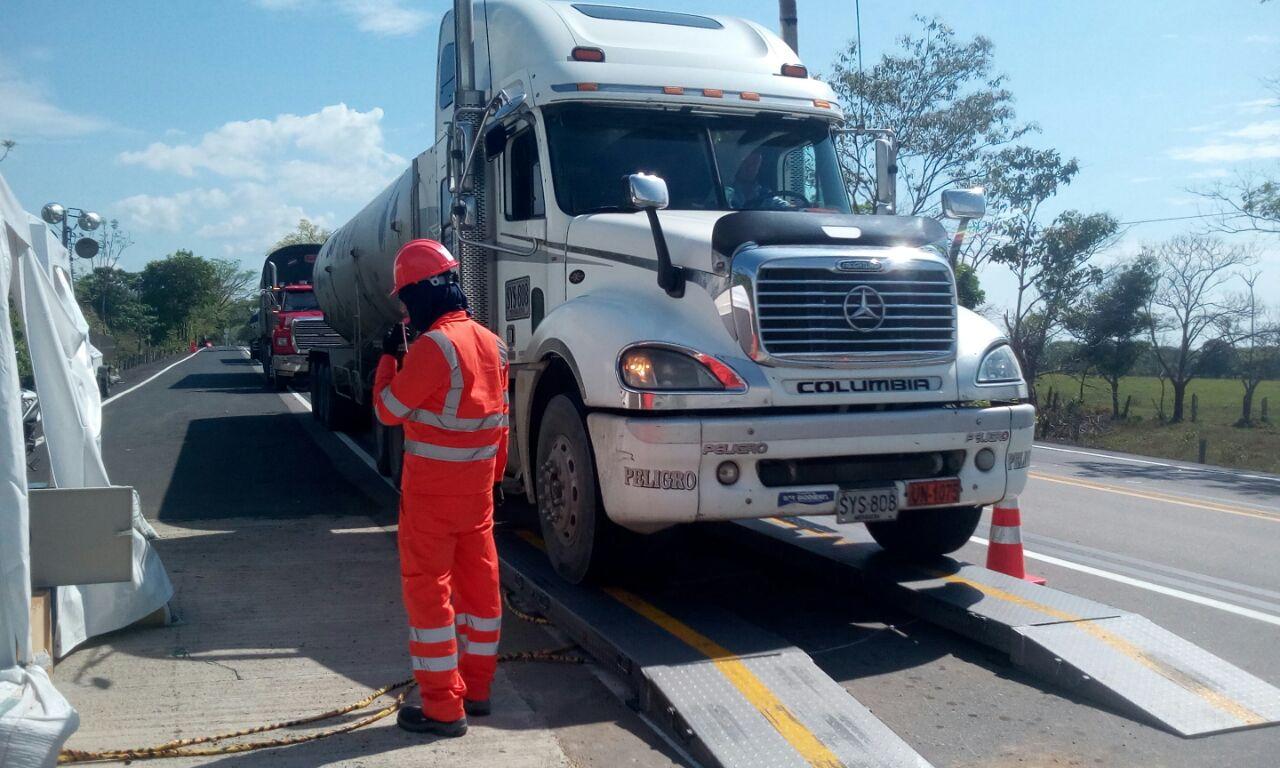Inicia pesaje de vehículos de carga en el corredor vial Villavicencio- Yopal