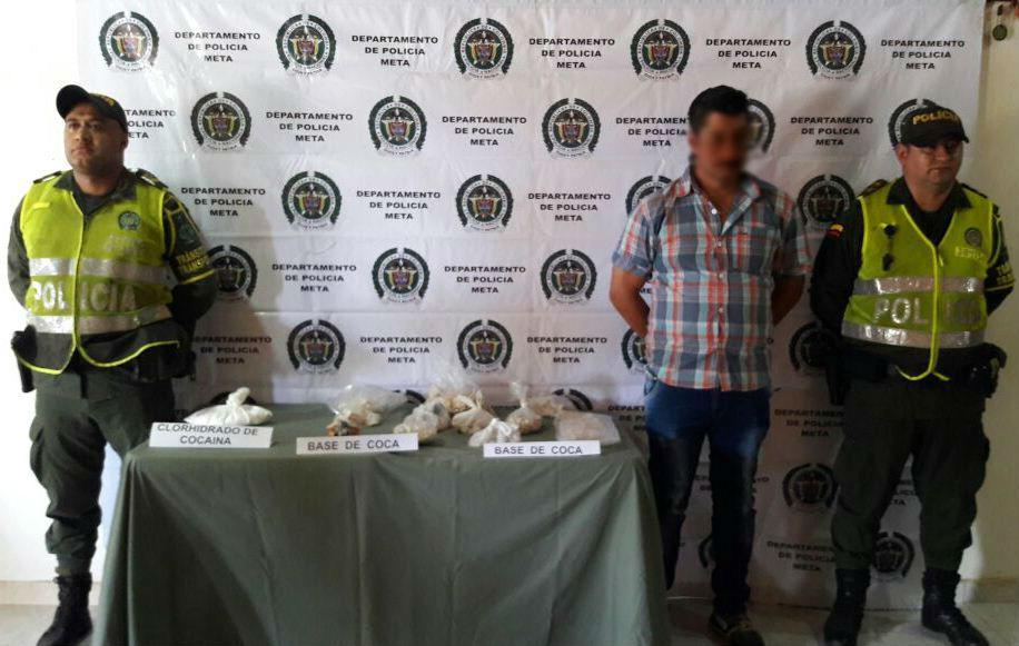 Policía capturó a un hombre que llevaba camufladas 5000 dosis de cocaína y bazuco en una canasta de frutas