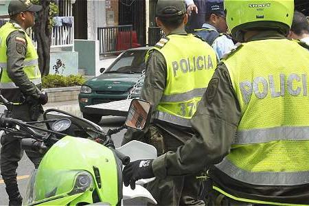 #EnAudio La orden de mandar los vehículos embargados a bodegas judiciales es del Juez: Cp. Policía  Sarmiento.