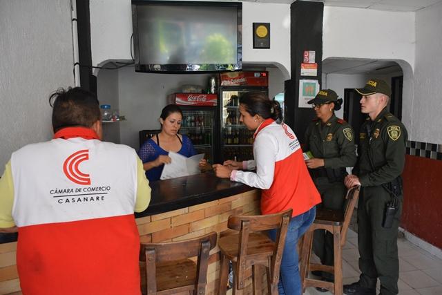 Visitando establecimientos de comercio por nuevo código de policía