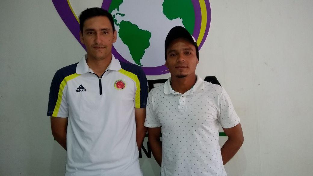 #EnAudio Óscar Niño y Miguel Pan,entrenadores que forman parte del cuerpo técnico de Barcelonitas de Aguazul, equipo líder en el Torneo Nacional Interclubes de Fútbol, categoría Sub 15.