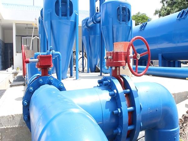 Comunidad del núcleo urbano II debe recoger agua hoy, porque mañana no tendrán