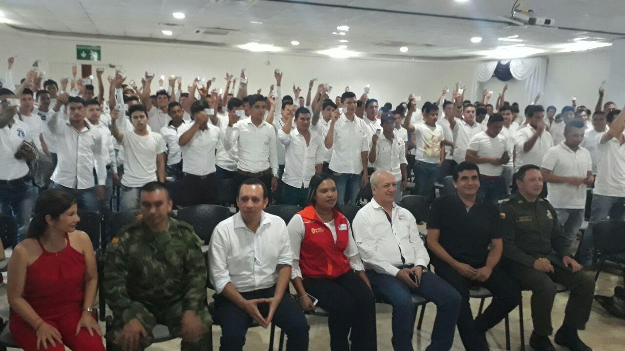 Víctimas del conflicto armado en Casanare reciben libretas militares