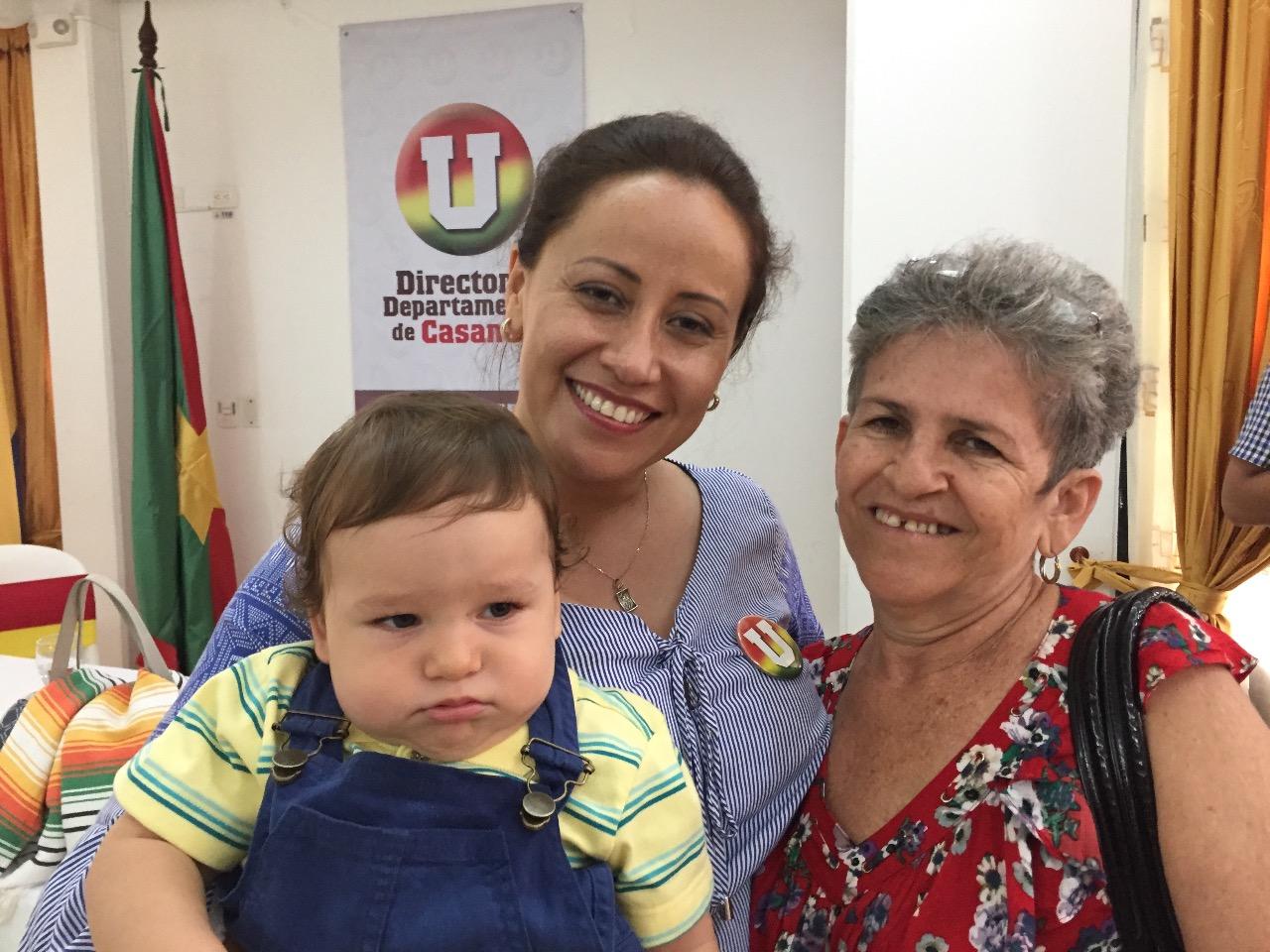 #EnAudio Diputada Sonia Bernal trabaja con gestora social, en programas de beneficio para la mujer
