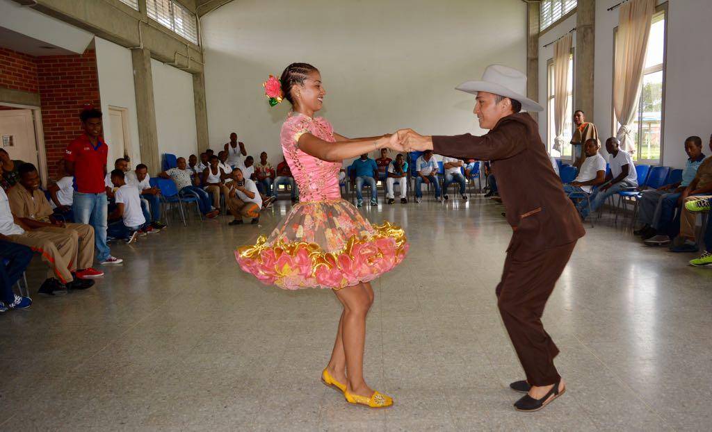 """Población privada de la libertad recibió """"Una Sonrisa por la Afrocolombianidad"""""""