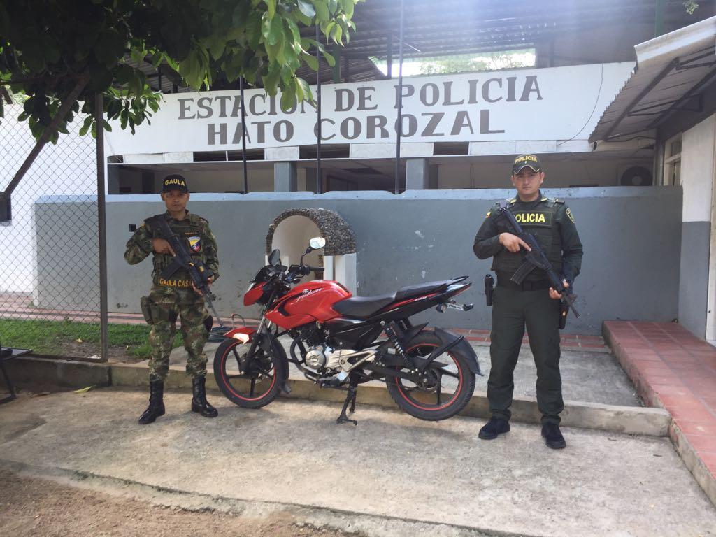 Policía y Gaula Militar recuperaron una motocicleta en zona rural de Hato Corozal