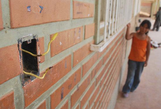 En Yopal dos niñas han recibido descargas eléctricas por cuenta de un cable energizado del que nadie responde