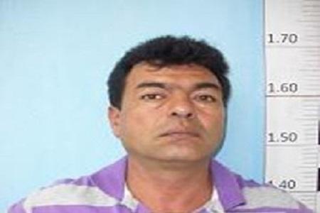 Capturado un hombre condenado a 17 años por violar a su propia hija.