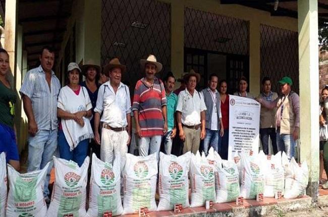 La Unidad Para las Víctimas entregó a 45 de 85 familias Recetoreñas insumos para proyectos productivos.