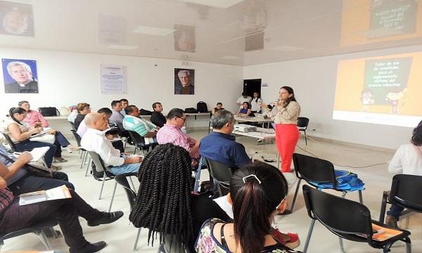 Directivos docentes se preparan en interpretación y uso de resultados Saber 11.