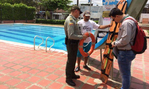 Policía de turismo adelantó actividades de control a establecimientos con piscinas