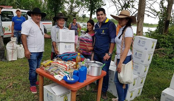 Familias campesinas damnificadas por la lluvia en Casanare, recibieron ayuda humanitaria.