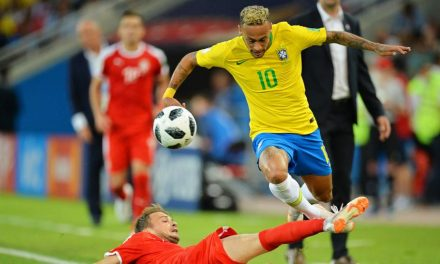 ¿Cómo se definen los clasificados a octavos del Mundial en caso de empate en puntos?