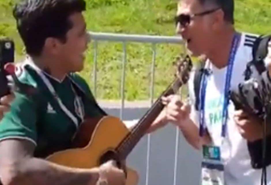 Christian Nodal le lleva serenata a Juan Carlos Osorio hasta Rusia