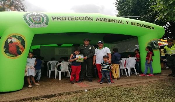 Policía ambiental líder en el corregimiento El Morro.